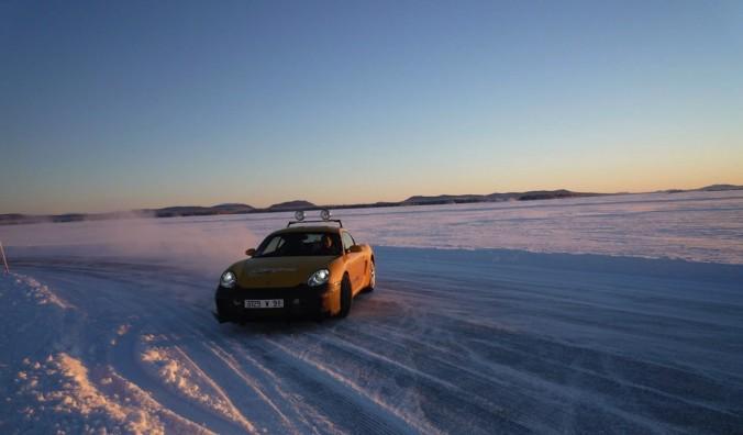 Laponie-ice-driving-4